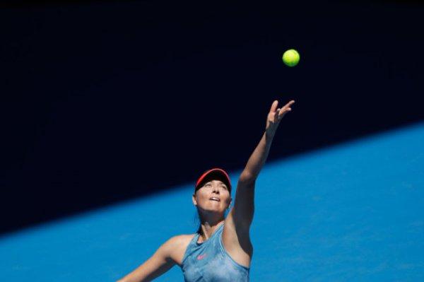 Свой первый матч на Australian Open Шарапова выиграла со счетом 6:0, 6:0