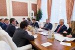 Евгений Дитрих обсудил с главой Амурской области вопросы развития транспортного комплекса региона