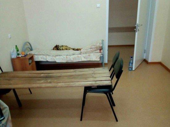Чиновники прокомментировали фото кроватей из досок в больнице Пензенской области