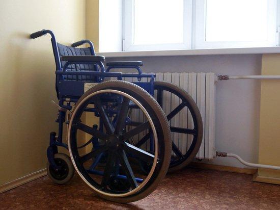Москвичи выломали установленный в подъезде пандус для ребенка-инвалида