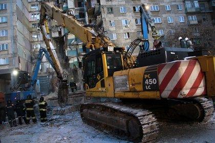 Число жертв обрушения дома в Магнитогорске увеличилось до 39
