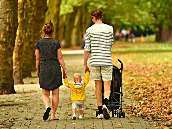 Число бедных в России вырастет за счет матерей с детьми