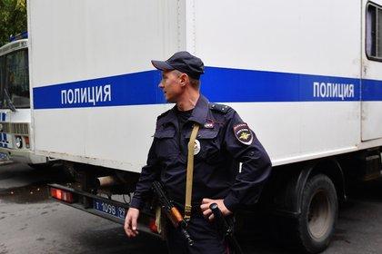 Охранники российского ТЦ сломали позвонок девочке-подростку