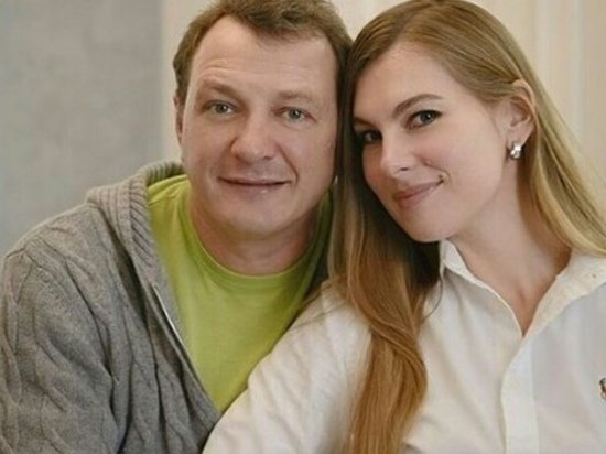 Марат Башаров отдохнул с женой в Таиланде и опроверг новости о разводе