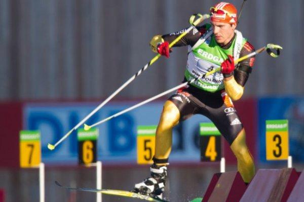 Немецкий биатлонист Пайффер выиграл последнюю индивидуальную гонку сезона