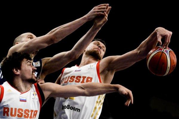 С кем сборная России по баскетболу впервые за девять лет сыграет на ЧМ