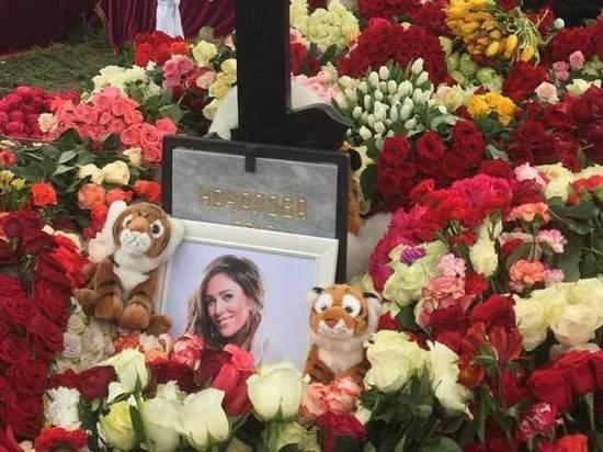На похоронах Юлии Началовой заметили мистический знак