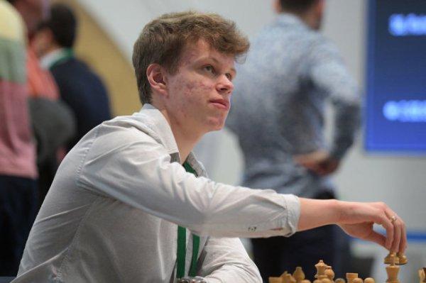 Российский гроссмейстер стал чемпионом Европы по шахматам