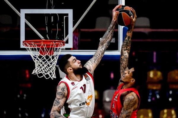 В баскетбольной Евролиге определилась восьмерка сильнейших команд