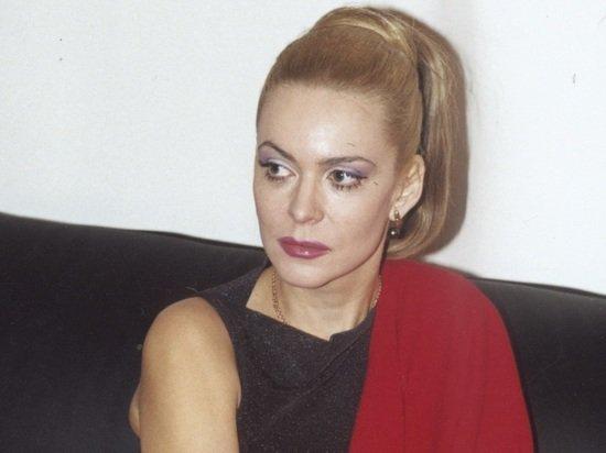 Актриса Алена Яковлева призналась в романе с молодым любовником