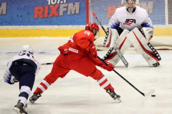 Сборная России завершит групповой этап юниорского ЧМ матчем со шведами