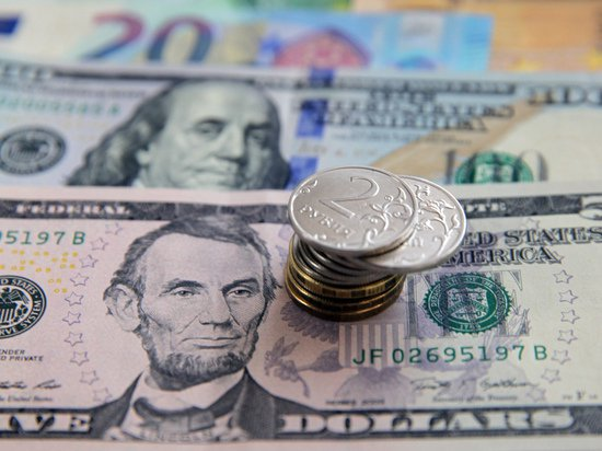 Эксперты поставили диагноз рублю: 66 за доллар - не предел