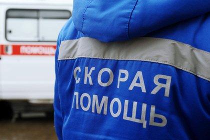 Пьяные российские школьницы сыграли в «пол — это лава» на капотах машин