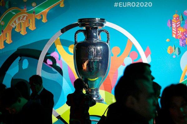 Путин подписал закон о безвизовом въезде в РФ для болельщиков Евро-2020