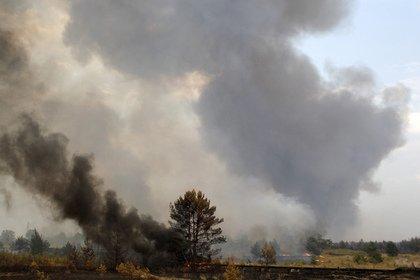 Около двух тысяч человек эвакуировали из горящего ТЦ в Иркутске
