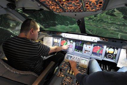 Стали известны действия командира сгоревшего SSJ-100 во время посадки