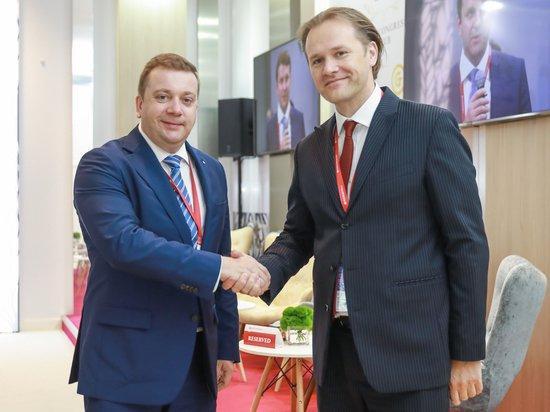 На ПМЭФ обсудили сотрудничество Фонда Росконгресс и Аналитического кредитного рейтингового агентства