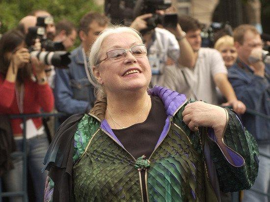 Федосеева-Шукшина призналась, что плохо себя чувствует после отравления Алибасова