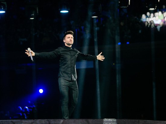 Лазарев представил песню Scream на русском языке