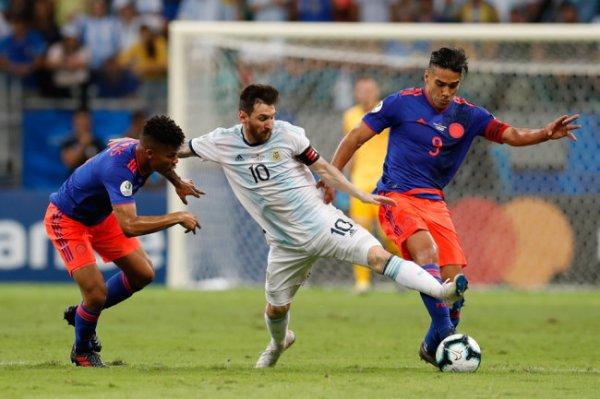 Сборная Аргентины начала Кубок Америки-2019 с поражения