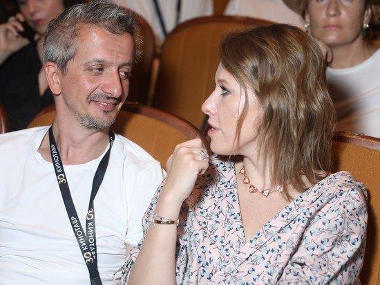 СМИ: новый избранник Собчак за год заработал 7 млн рублей