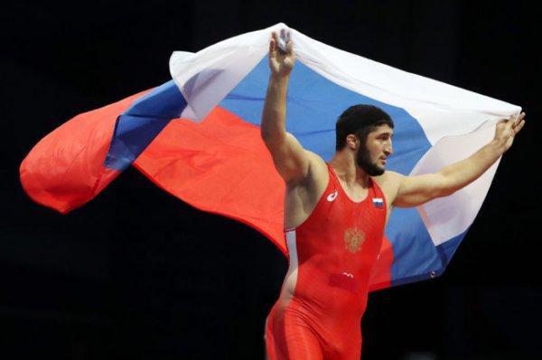 Российские бойцы вольного стиля выиграли 3 золота и бронзу Евроигр