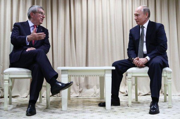 Путин и глава МОК похвалили Беларусь