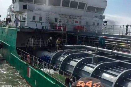 Стало известно о пострадавших в результате взрыва на танкере в Махачкале