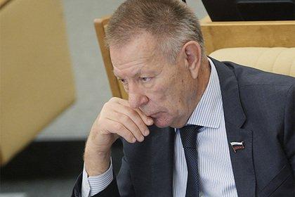 Lexus депутата Госдумы сбил мотоциклиста