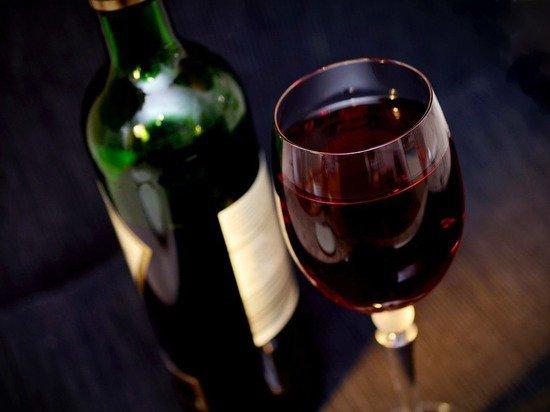 Депутаты подняли цены на вино