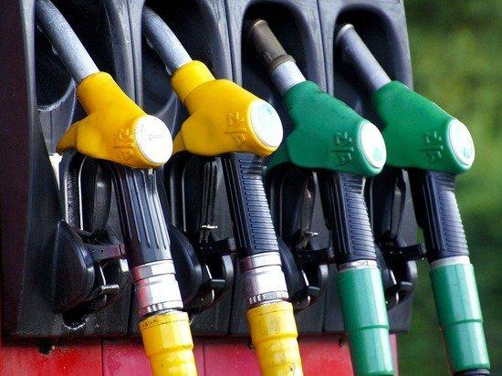 Одобрен новый закон «о ценах на бензин»