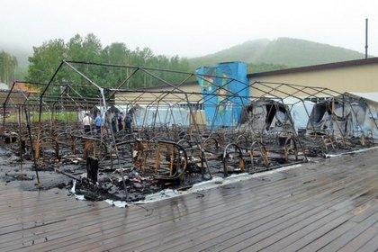 Стало известно о звонках детей во время пожара в хабаровском лагере