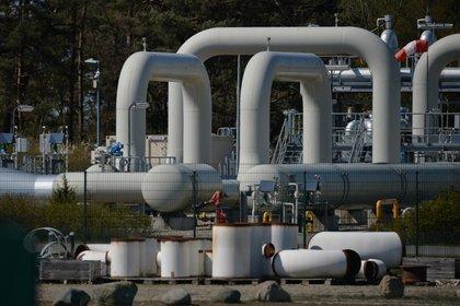Магистральную трубу «Газпрома» прорвало