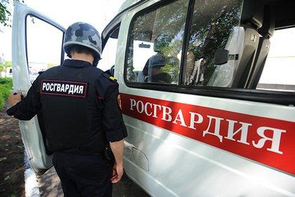 Российский офицер спас семью из горящего дома