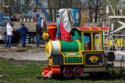 Пятилетний россиянин попал под колеса детского паровозика