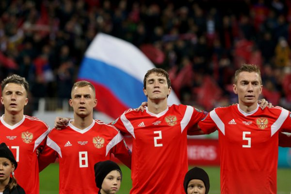 Фернандес и Жирков не попали в основной состав сборной