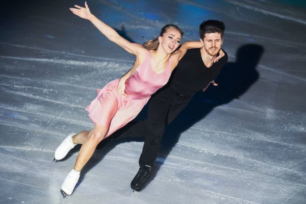 Степанова и Букин стали вторыми в ритм-танце на Skate America