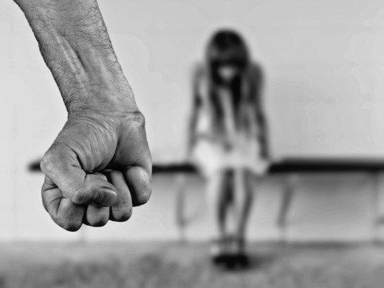 Как накажут за домашнее насилие: СП предложил выселять тиранов