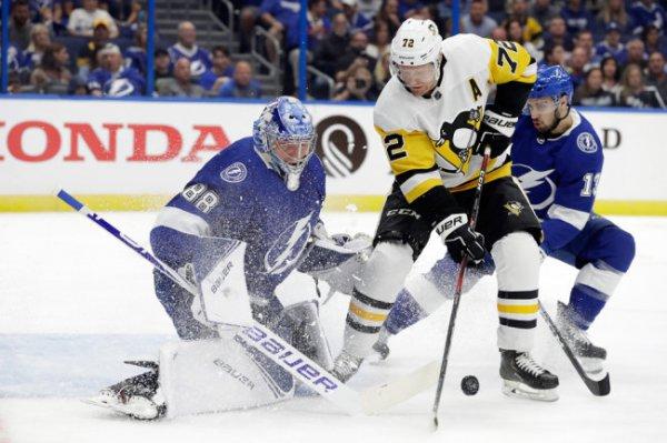 Спасший команду Василевский стал первой звездой дня в НХЛ