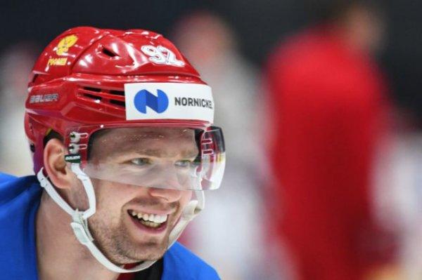 Кузнецов стал героем на юбилейном матче Овечкина