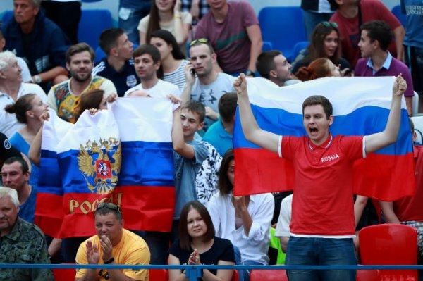 Сборная России с победы стартовала на Межконтинентальном кубке