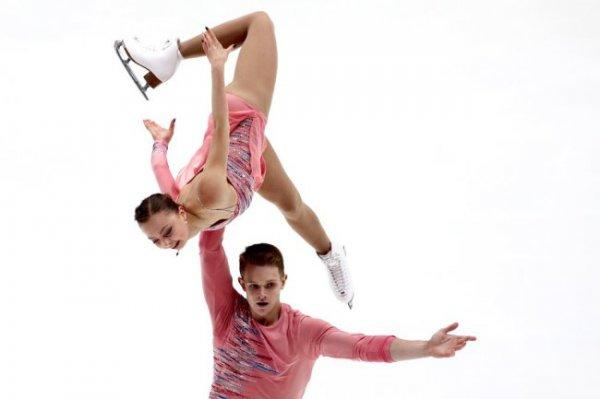 Российские пары заняли весь пьедестал после короткой программы на Гран-при