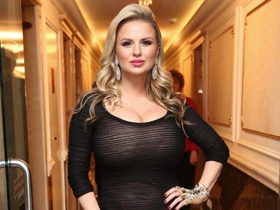 Семенович призналась, что делала операцию на груди