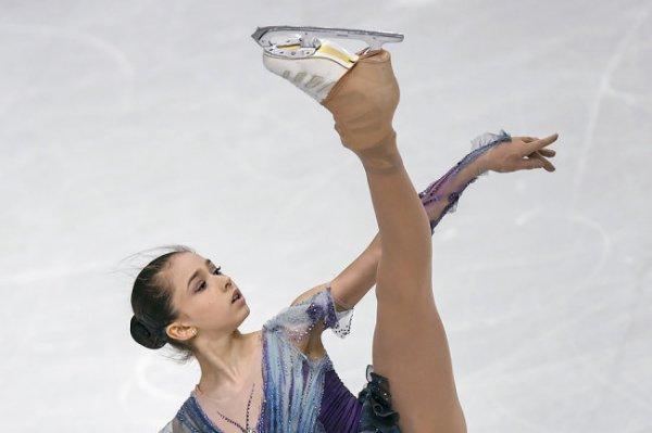 Фигуристка Валиева выиграла золото финала юниорского Гран-при