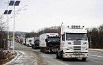 Кабмин запретил водителям автобусов и грузовиков переработки