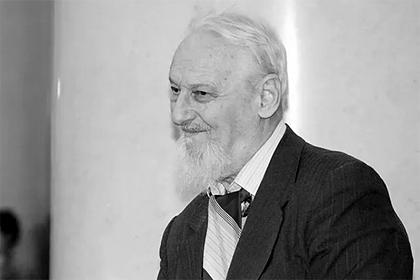 Выпивший «Крота» известный российский математик скончался
