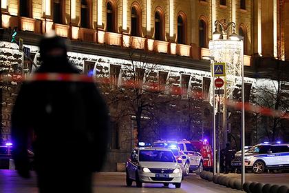 Путину доложили о стрельбе на Лубянке