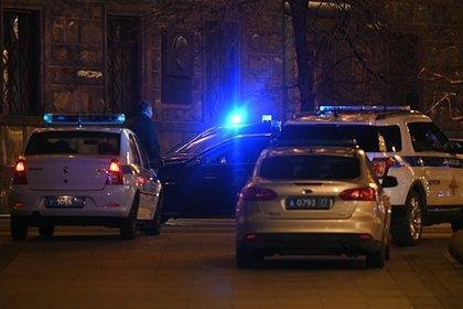 Появились кадры с места аварии с опрокинувшимся на российской трассе автобусом