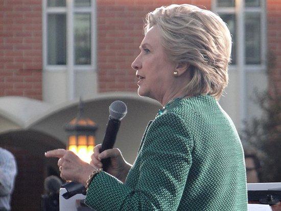 Хиллари Клинтон стала ректором университета в британском Белфасте