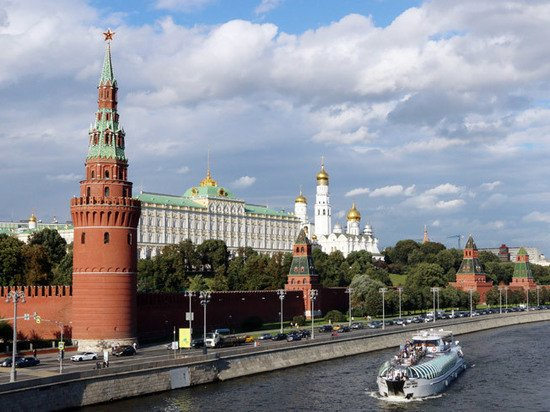 Студентка, менеджер и гастарбайтер оценили свой переезд в Москву